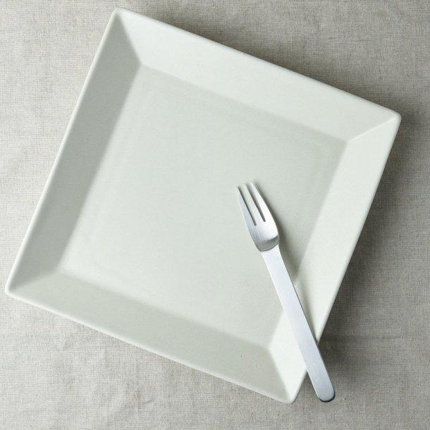24cm四角い大皿 白マット