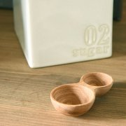 日本の栗の木で作られた素朴な風合いの計量スプーン
