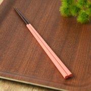 日本ならではの伝統色でお箸をアレンジ