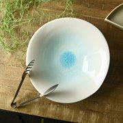 ひびもようが美しい大鉢