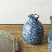伝統的な趣ある蛸唐草文様のシリーズ