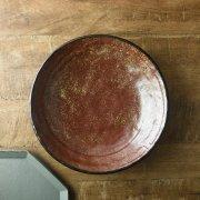 ざらっとした質感の重厚感溢れる大鉢