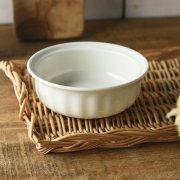 クリーミーカラーのグラタン皿