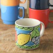 イタリアンな雰囲気の手描きマグカップ